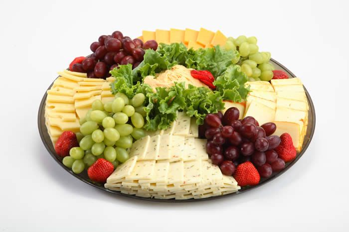 Fruit Tray Presentation | seasonal fresh fruit cheddar jack and pepper jack cheeses