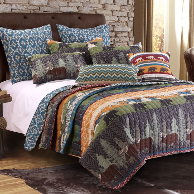 Greenland Home Fashions Black Bear Lodge Quilt Set with Decorative Pillows