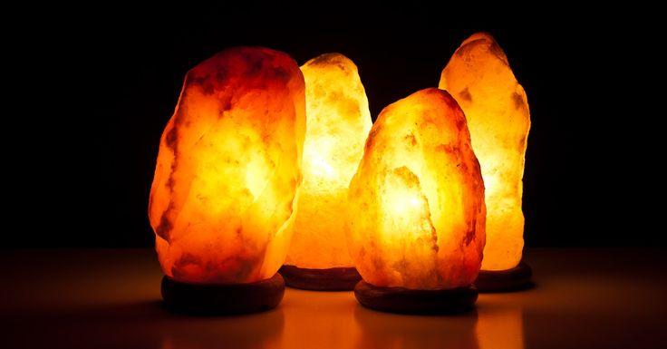 Metti in casa almeno una lampada di sale. Ecco perché è importante per la tua salute