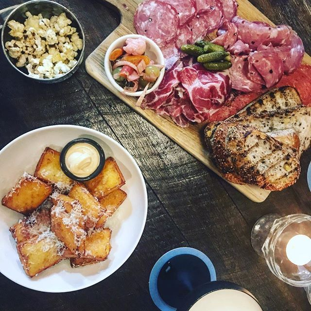 Feasting on platters for days with old school cocktails at the fabulous @mrwatkinsbar #MrWatkins #penrith #bar #wine #dine #cocktails #food #foodphotography #foodwriter #eat #friends #love #sydney #sydneyeats #polentachips #charcuterie #meats #clovarcreative #saturdaynight #mardigras2018 #mardigras
