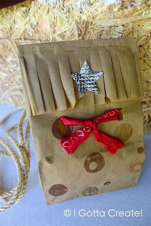 Wild West Grab Bags for parties or back-to-school round up.  Tutorial at I Gotta Create!