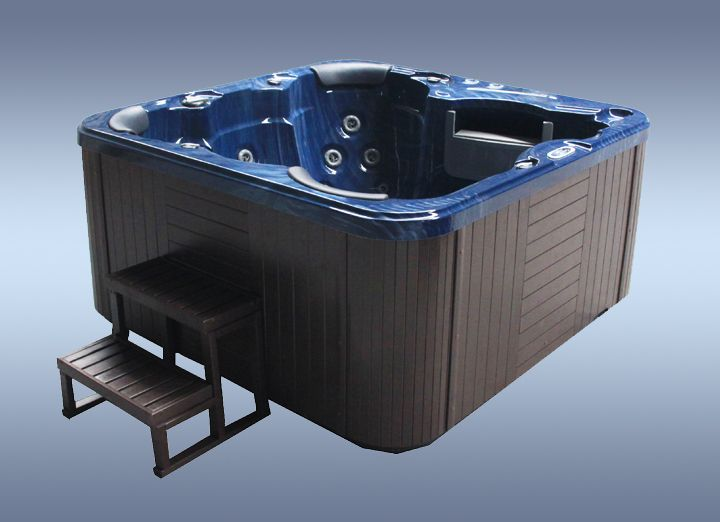Countesa #hot-tub main blue color from http://www.hottubsuppliers.com/