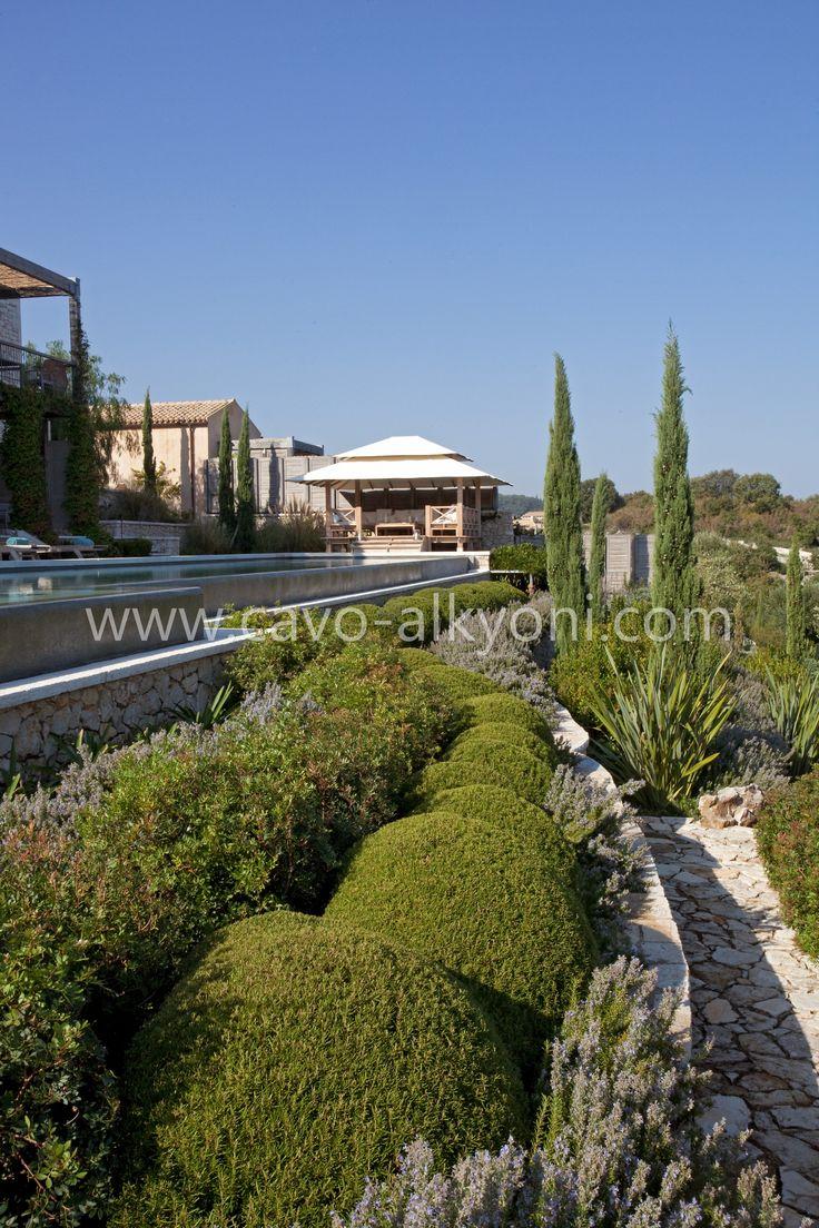 Villa Amalthea pool & garden