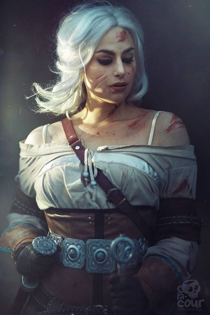 Character: Cirilla Fiona Elen Riannon (aka Ciri) / From: Andrzej Sapkowski's 'The Witcher' Short Stories and Novels & CD Projekt RED's 'The Witcher' Video Game Series / Cosplayer: Meagan Marie / Photo: simplearts (Michael la-Cour) (2016)