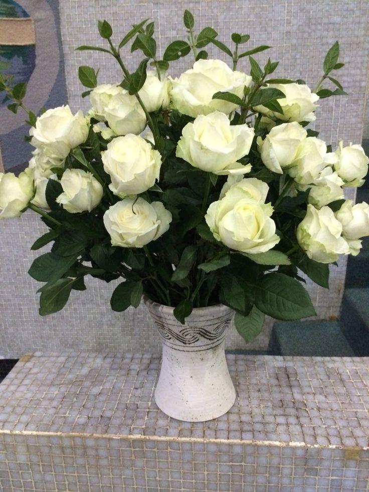 White avalanche rose arrangement