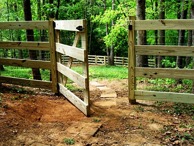 4 board fence and gate with attached 2x4 welded wire fabric
