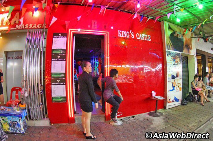 5 Ladyboys Bars in Bangkok - Bangkok.com Magazine