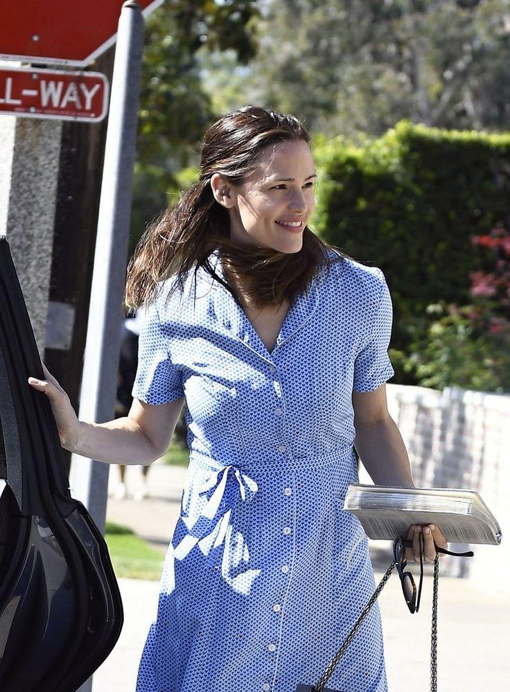 Ben Affleck and Jennifer Garner Spend Easter as Family After Divorce Filing