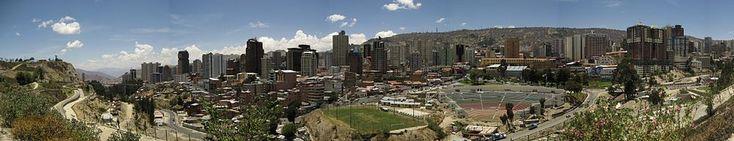 Vista panorámica hacia el occidente de la ciudad de La Paz.Vista panorámica hacia el occidente de la ciudad de La Paz.