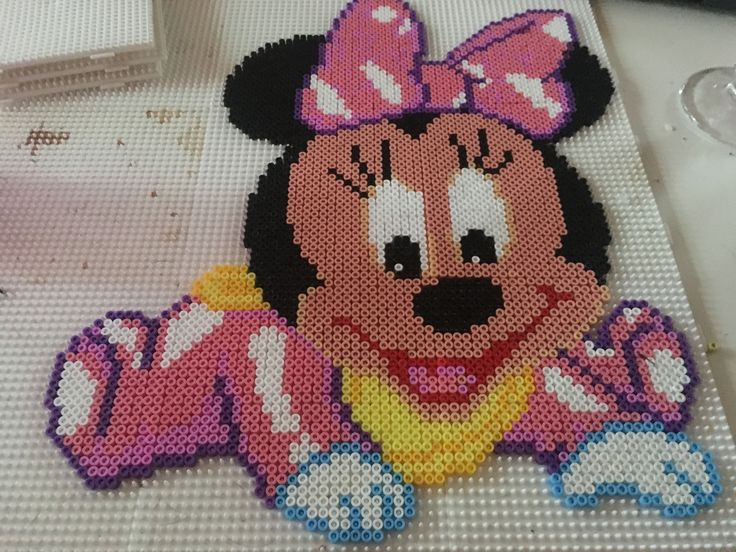 Minnie Mouse hama perler / Beads
