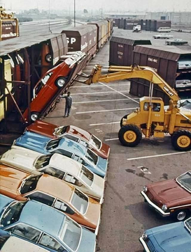 How Chevy Vegas were shipped (circa 1974) and why each one came with a free oil windage tray.