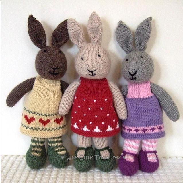 Knitted Bunnies Free Pattern : 875 best Knitted bunnies images on Pinterest Bunnies, Bunny and Little cott...