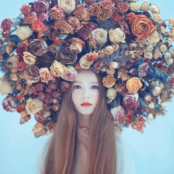 Une sélection des magnifiques photographiessurréalistes du photographe ukrainienOleg Oprisco, passionné de photographie argentique. Chacune de ses photog