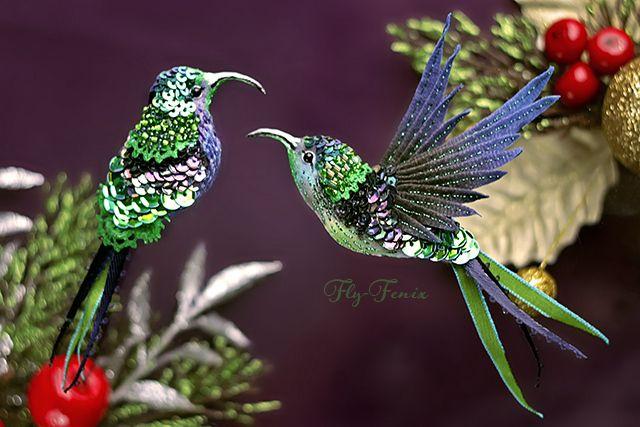 ìèíèàòþðíàÿ áðîøü - ñèçûé êîëèáðè â ïîëåòå Amazing birds brooches by Julia Gorina