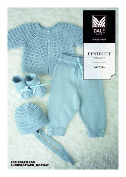 Babysæt strikket i Dale baby uld - 100 % Merinould - blødt og lækkert babygarn der kan vaskes i maskine. Se/download opskrift HER