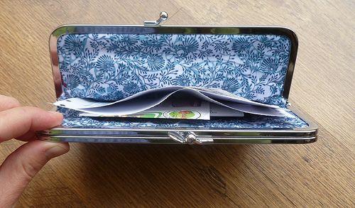Double framed purse 4 by El color de la suerte, via Flickr