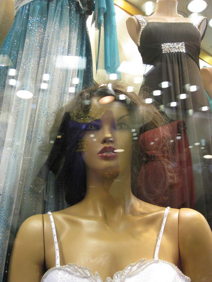 Besten MANNEQUINS Such Posers Bilder Auf Pinterest - These 20 creepy mannequins are the stuff nightmares are made of