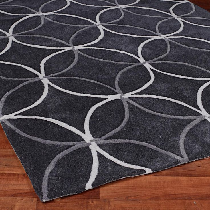 Rings Of Style Hand Tufted Rug