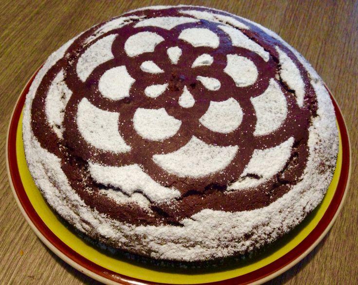 Torta di yogurt al cioccolato Trovate la ricetta sul blog ilmestoloverde.wordpress.com Ecco il link! Torta di yogurt al cioccolato | il mestolo verde http://ilmestoloverde.wordpress.com/2014/11/03/torta-di-yogurt-al-cioccolato/