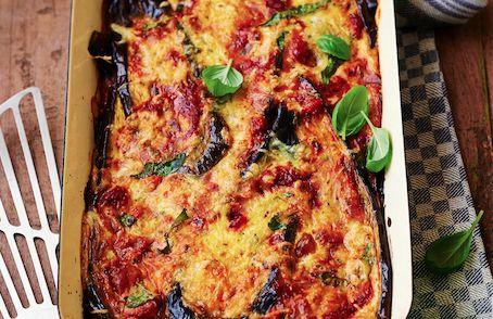 Dit recept voor lasagnine is afkomstig uit het nieuwe kookboek van Rens Kroes: Powerfood - Van Friesland naar New York. De opvolger van de bestseller uit...
