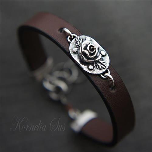 Nocna róża- bransoletka skórzana ze srebrem Biżuteria Bransolety Kornelia Sus