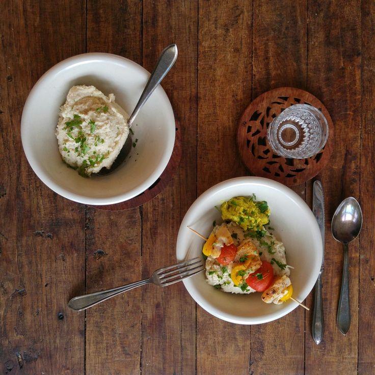 Ggggroente: Romige Bloemkool stamppot met witte bonen en gepofte knoflook. Lekker met groenten-visspiesjes met kerriesaus. €12,50 voor 4 personen (+ kliek).