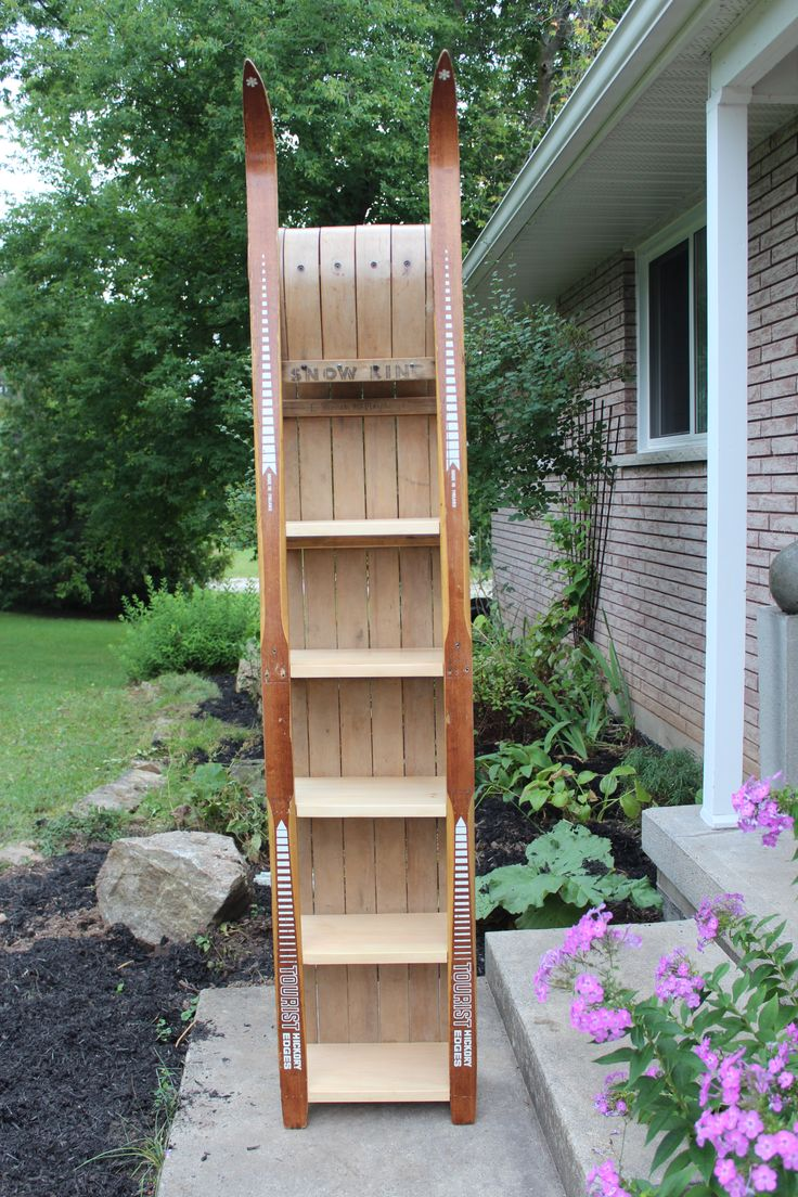 Toboggan And Wooden Ski Shelf Projects Pinterest Shelves