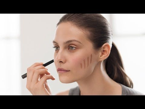 Burberry Make-Up Tutorial: How To Do Effortless Contouring and Strobing - YouTube