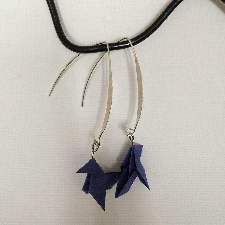 Boucles d'oreilles - les cocottes bleues foncées : Boucles d'oreille par made-by-emylie