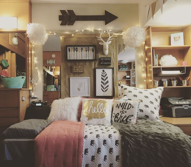 Best 25 college bedrooms ideas on pinterest college for Hall room decoration ideas