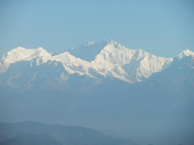The Himalayan mountains. Picture taken by Terry Hodgkinson in Darjeeling, India.  http://www.TaoJourneys.com