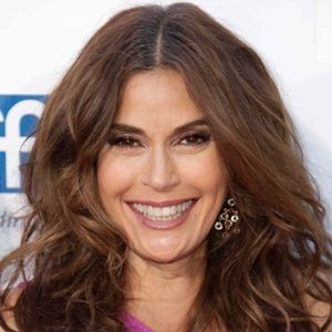 Teri Hatcher (American, Film Actress) was born on 08-12-1964.  Get more info like birth place, age, birth sign, biography, family, relation & latest news etc.