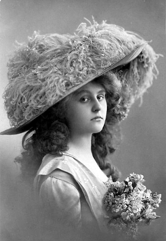 dating victorian hats Complete your outfit with the best selection of stylish women's wide brim hats for all than a stylish hat hats have a long, long history, dating all the way.