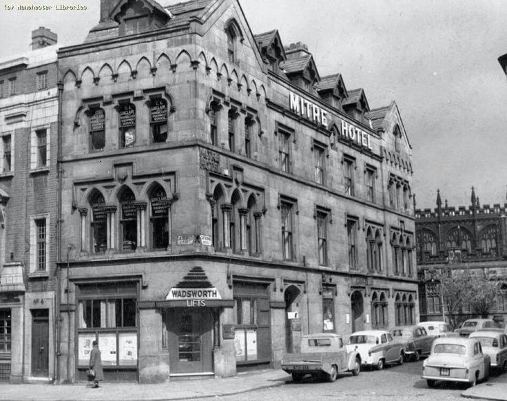 Mitre Hotel Cateaton St/Cathedral Gates 1958
