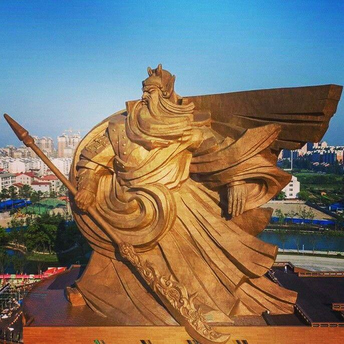 Guan Yu Kuan Yu Guan Gong Heibei Statue Chinoise En Bronze - China unveils colossal 1320 ton god of war statue
