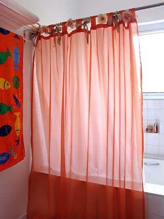 Dicas da Vila do Artesão - Cortina dupla deixa o banheiro mais elegante