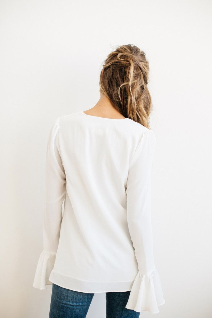Stone Cold Fox || Powell blouse in white