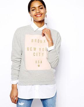 River Island Bronx sweatshirt, str. 14, fra www.asos.com, 244 kr.