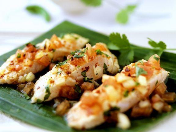 Marinierter Steinbeißer ist ein Rezept mit frischen Zutaten aus der Kategorie Meerwasserfisch. Probieren Sie dieses und weitere Rezepte von EAT SMARTER!