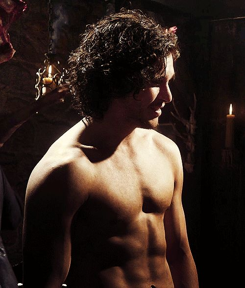 this picture is really all I need! ~ 20 Things You Should Know About Kit Harington From Game Of Thrones
