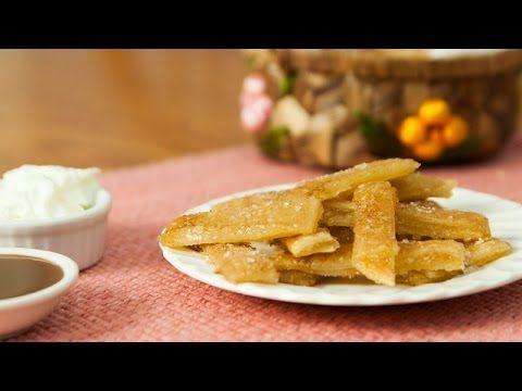 Csíkokra vágja a tésztát, egy zseniális ötletet mutat nekünk. A recept futótűzként terjed az interneten! - MindenegybenBlog