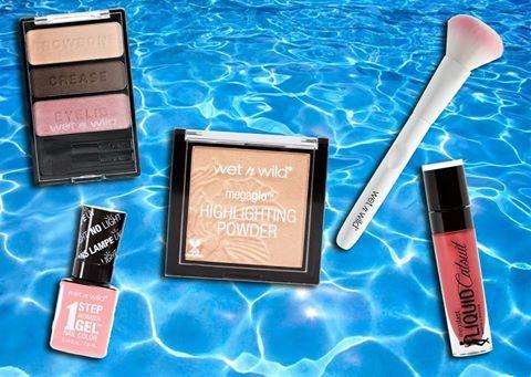 Διαγωνισμός Just Glamorous με δώρο δύο πακέτα με προϊόντα ομορφιάς Wet n Wild http://getlink.saveandwin.gr/92W