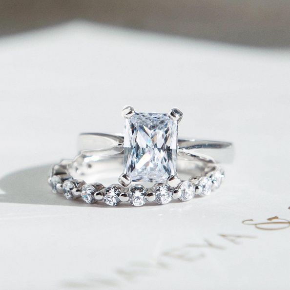 The Chenier Set Diamond Band. Naveya & Sloane wedding band and engagement ring, made to order in Auckland, New Zealand.