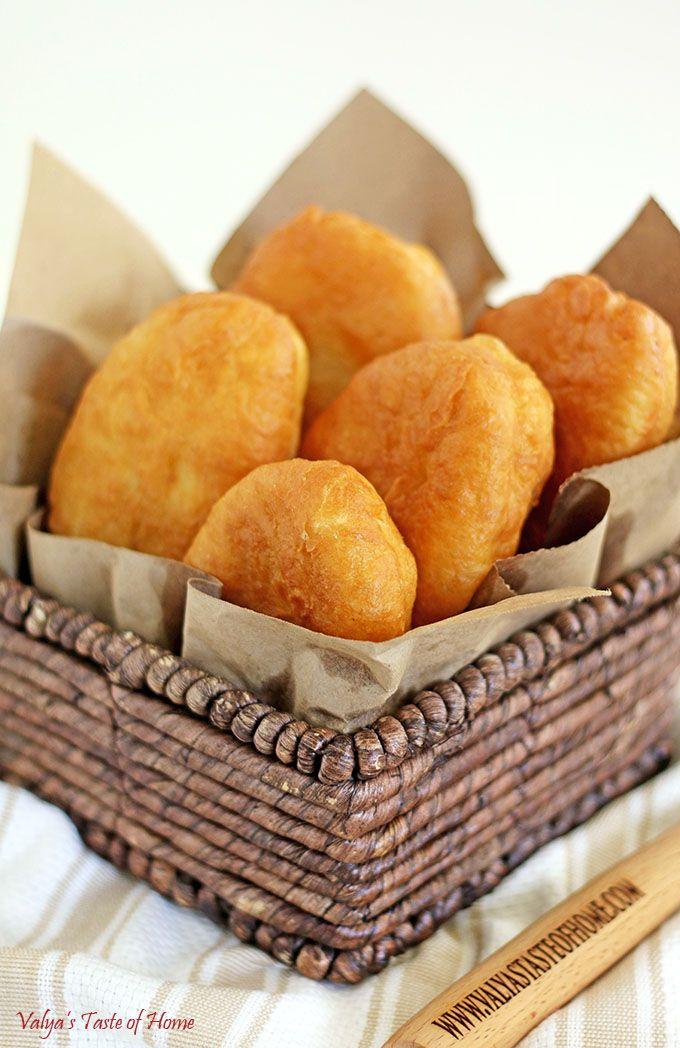 Piroshki - süß oder deftig gefüllt, fluffig gebacken oder knusprig frittiert- ein köstlicher und wandelbarer Snack!