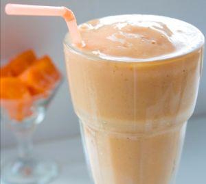 Licuado para mejorar la digestión,1/2 taza papaya,1 banano ,4 cuch.avena, 3/4 taza de leche de soya