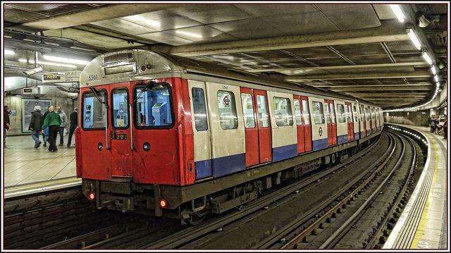 London Underground Circle Line train.