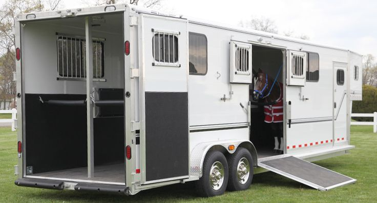 Four horse head-to-head is a popular and versatile trailer. You can have it…