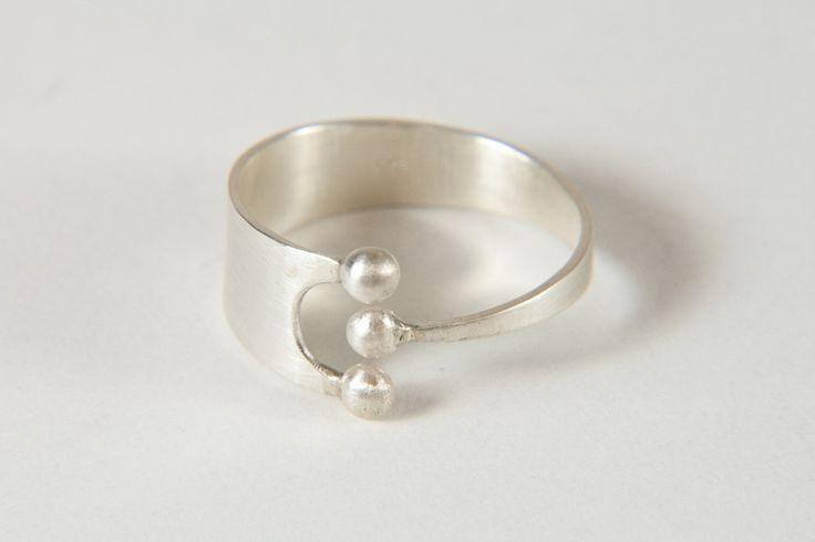 crown ring // Kronen-Ring by Formbar via dawanda.com