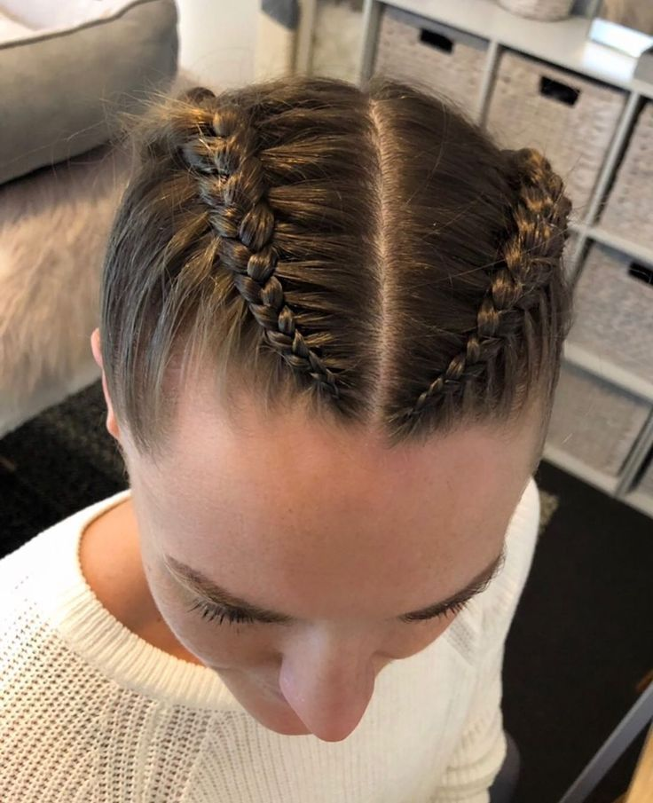 Simple boxer braids for this beauties first fight …
