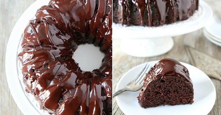 Vláčná kakaová bábovka s čokoládovou polevou